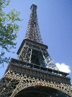 paris.jpg (12269 bytes)